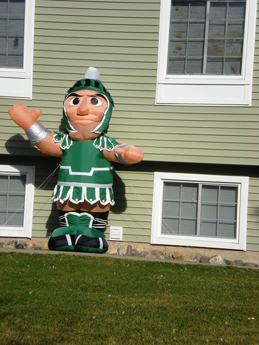 """Everyone's Got Their """"Sparty"""" On!!"""