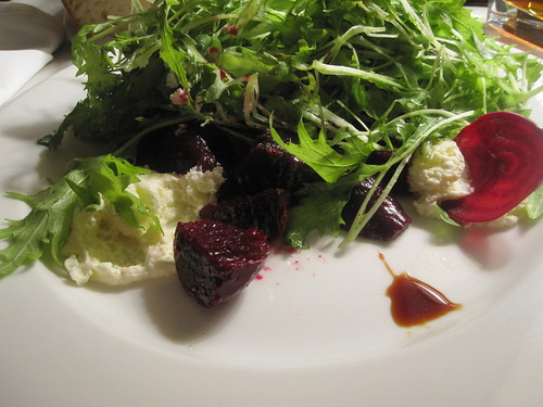 Beet salad with goat foam