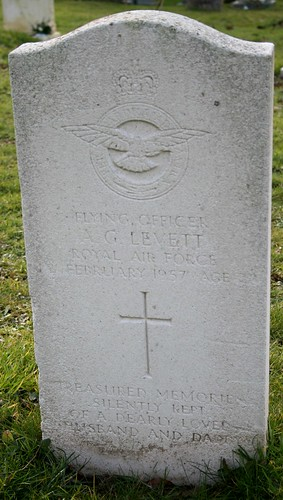 Grave of Flying Officer A G Levett