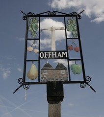 THE VILLAGE SIGN @OFFHAM (Adam Swaine) Tags: county uk blue england sky english beautiful sign yellow rural canon countryside wooden kent village britain villages east posts 1740mm counties naturelovers 2011 villagesigns thisphotorocks villagenames adamswaine mostbeautifulpicturesmbppictures wwwadamswainecouk kentishvillages