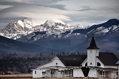 2017-02-14 Edison Lutheran Church, Twin Sisters Mountain & Mt. Baker  (1024x680) (-jon) Tags: anacortes skagitcounty skagit washingtonstate salishsea edison farmroad churchroad lutheranchurch edisonlutheranchurch cloud lenticularcloud mountbaker mtbaker volcano cascades cascademountains twinsisters mountain landscape winter snow a266122photographyproduction church farmtomarketroad graduatedneutraldensityfilter neutraldensityfilter filter altocumuluslenticularis bow
