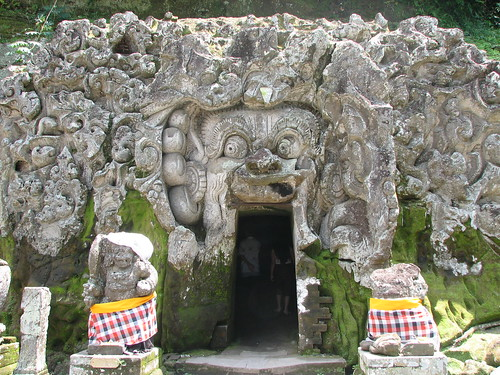 Goa Gajah Elephant Cave Temple, Bali