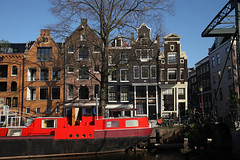 Brouwersgracht 05 (sebastien banuls) Tags: voyage city travel autumn winter holland rooftop netherlands amsterdam bicycle photography canal europe cityscape photographie nemo centre capital nederland thenetherlands bridges railway tunnel lloyd prinsengracht  bibliotheek kerk compagnie maritimemuseum hoc jordaan overview sloterdijk gracht oosterdokseiland korte oosterdokskade westerkerk openbare ijtunnel stadsarchief  rijp langejan vocship hoofdstad amstersam khl scheepsvaartmuseum oostindische nemosciencecenter publiclibraryamsterdam nederlandvandaag hartjeamsterdam amsterdamchannel deouwewester vereenigde