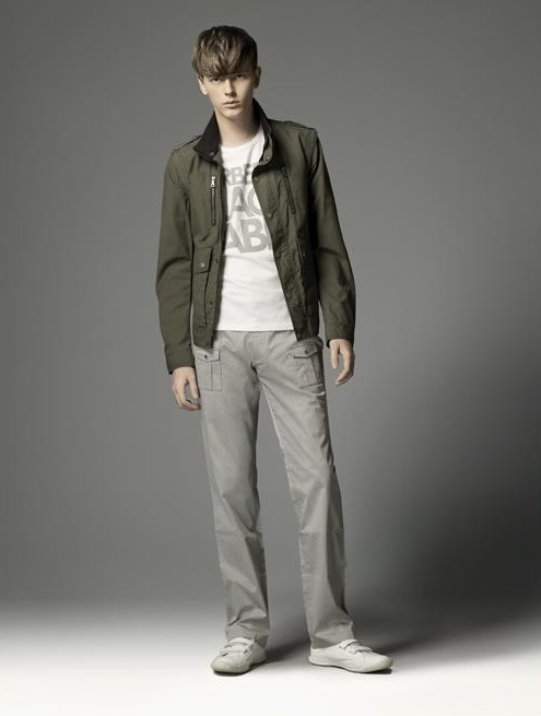 Daniel Hicks0046_Burberry BL(official)