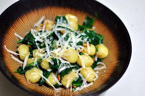 GNOCCHI WITH SPINACH AND PINE NUTS