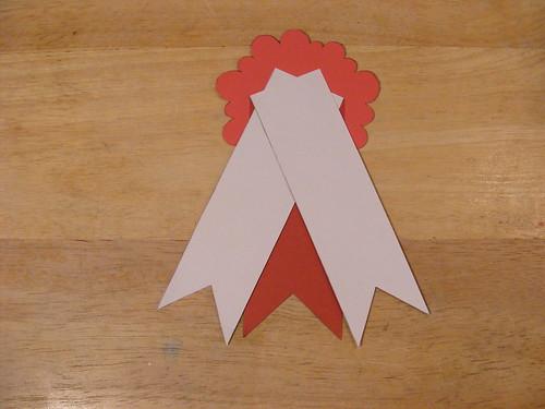 Smaller ribbons added.