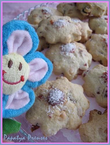 yaban mersinli kurabiye