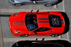 Ferrari (Ju Vilas Bas) Tags: dubai ferrari carro motor sonho luxo riqueza mquina sonhodeconsumo