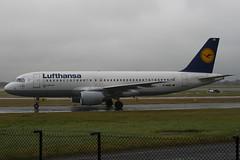 D-AIQE - 209 - Lufthansa - Airbus A320-211 - Manchester - 081126 - Steven Gray - IMG_2863
