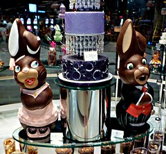 Jean Philippe Patisserie at Aria (old_man) Tags: sculpture lasvegas chocolate thestrip citycenter picnik aria jeanphilippepatisserie