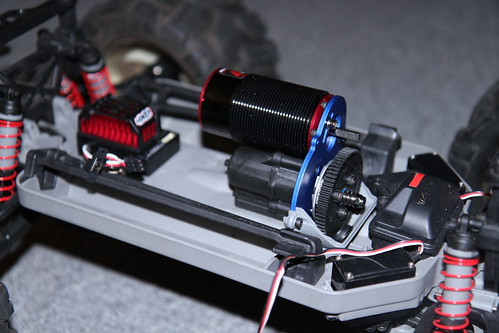 Brushless 3905 Emaxx Project truck  IMG_2814
