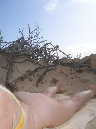 nude girl public nudity exhibitionist pics: sposata, butt, wife, culo, naked, casada, nude, nuda, ass, hot, desnuda, dream, playa, fuerteventura, nudist, married, beach, sexy, moglie