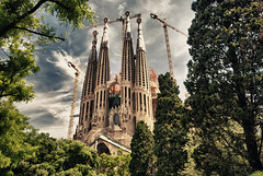 [Free Image] Architecture / Building, Church / Catedral / Mosque, Sagrada Família, World Heritage, Spain, 201106072300