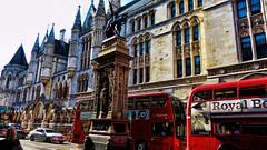 Red Buses (Miradortigre) Tags: londres london street calles urban urbano bus buses red rojo ciudad city