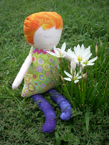 daisy by Tina ~ Seaside Stitches.