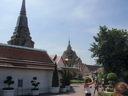 More around Wat Pho