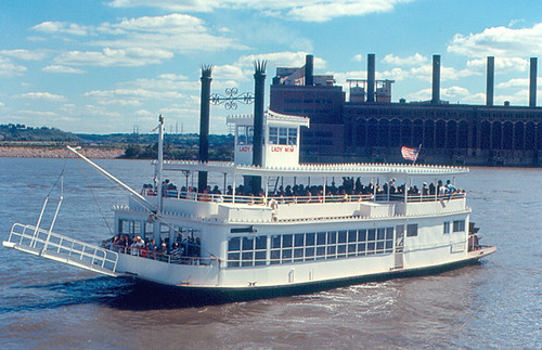 river boat illinois ship 1970 steamboat peoria paddlewheel illinoisriver sternwheel eastpeoria cilco ladymim centralillinoislightco