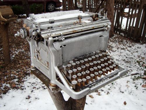 12-12-silver-typewriter
