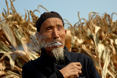 170 Grandpa , the farmer--China (ngchongkin) Tags: china niceshot awesome mostinteresting gin fhm supreme nationalgeographic sino hiddentreasure avpa flickrhearts agradephoto flickraward mycameraneverlies flickrbronzeaward portraitsdumonde heartawards facesofportraits ultimategold excaliburawards spiritofphotography 469photographer artofimages angelawards contactaward sapphireawards zodiacawards moongoddessawards mermaidawards imperialimages doublestaraward onlypeopleportrait centralasiachinathesilkroad
