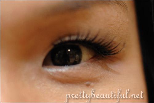 Inuovi Prolash EX 03 on eye
