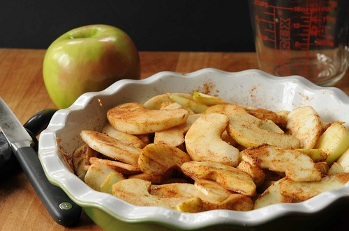 raw apples in pie plate.jpg