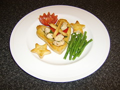Chicken and Red Pepper Stir Fry in Puff Pastry Heart
