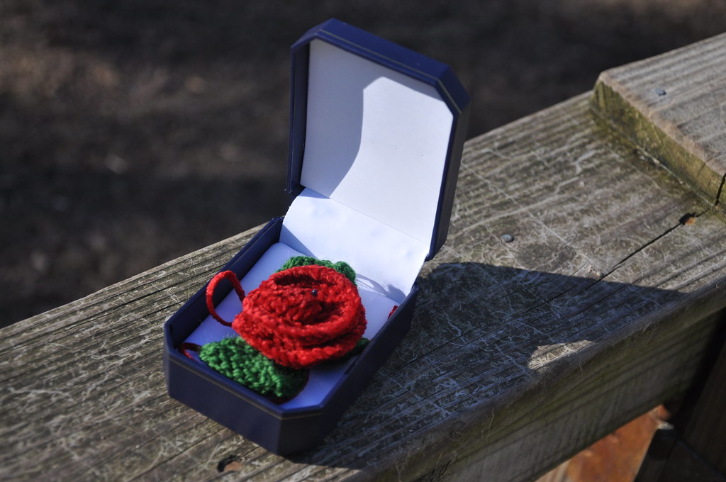 Knitted Red Rose Pin