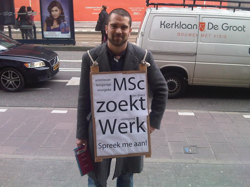 Cor walking the Amsterdam streets