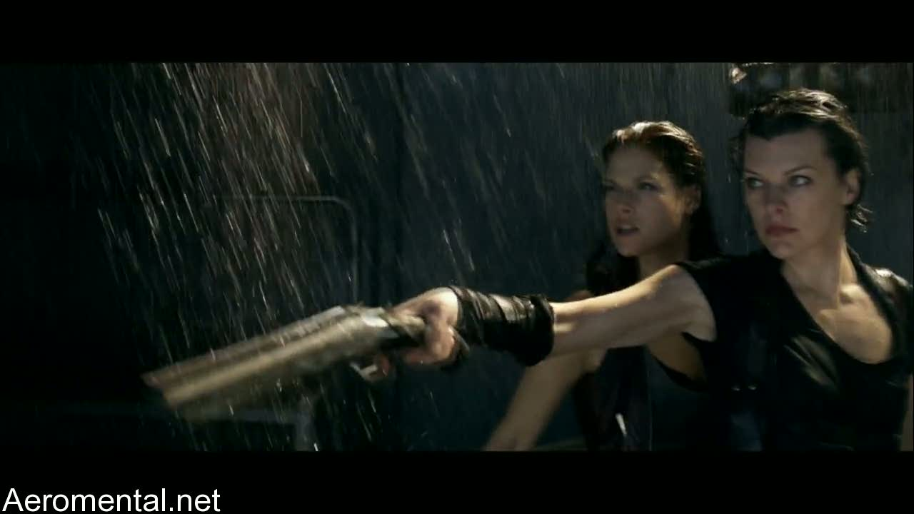 Resident Evil Afterlife Alice y Claire