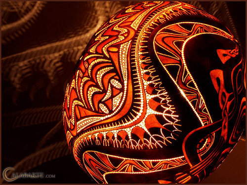 Standing gourd lamp XII by night 7 by Calabarte