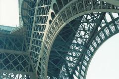 Torre Eiffel - Paris - Frana (Antonio Stenico) Tags: sculpture
