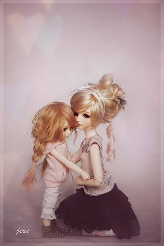 4095548530 3e7143d807 - cute dolls....