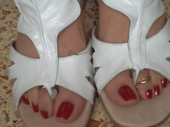 sandalias blancas (sandalman444) Tags: red men hand sandals nail polish made pedicure custom toenails longtoenails toerrings