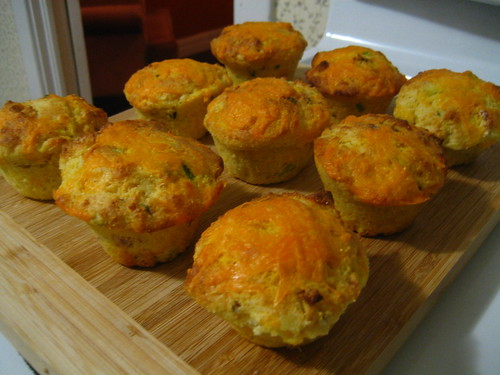 Cheddar, bacon and scallion corn muffins