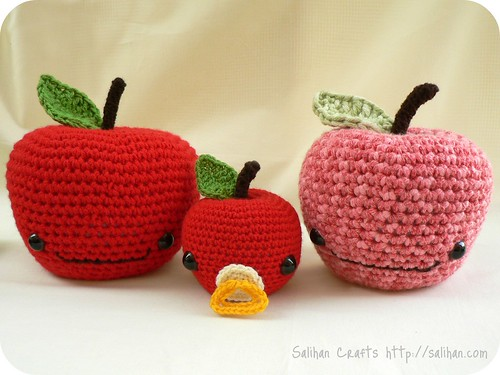 Crochet Apple Trio