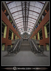 Antwerp Central Station (Erroba) Tags: symmetry ndfilter staircase roltrap antwerp antwerpen centraalstation centralstation trainstation interior iron glass stone belgium belgi belgique canon 400d rebel xti hdr 3xp tripod remote sigma 1020mm photomatix tonemapping tonemapped photoshop cs3 tips erroba erlendrobaye erlend robaye