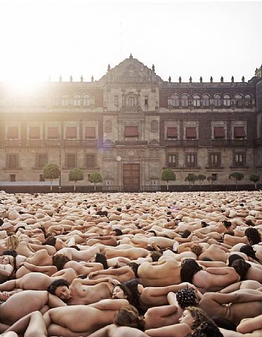 Spencer-Tunick-nudes-9