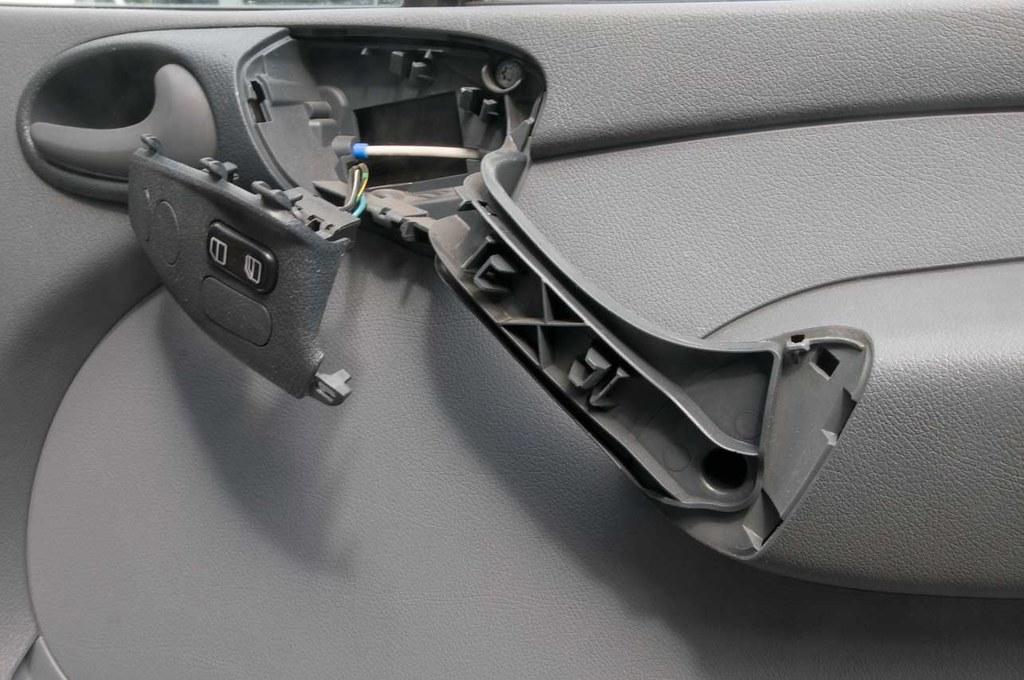 Removing Passenger Front Door Panel - Sprinter-Forum
