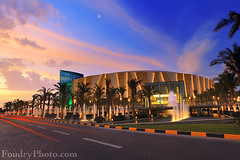 360 Mall @ sunset - Kuwait (A.alFoudry) Tags: street pink blue winter sunset color car clouds canon mall shopping eos lights amazing mark 360 center palm full frame 5d kuwait fullframe trade ef kuwaiti 2010 q8 abdullah  mark2 1635mm   || f28l kuw q80 q8city xnuzha alfoudry  canonef1635mmf28l abdullahalfoudry foudryphotocom 360mall mark|| 5d|| canoneos5d|| mk|| canoneos5dmark|| 360mallcom kuwaittrade