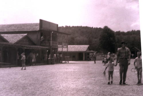 1968 about Echo Valley scene