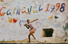 [フリー画像] 人物, 子供, 少年・男の子, 運動・スポーツ, 球技, 野球, キューバ人, 201003210700