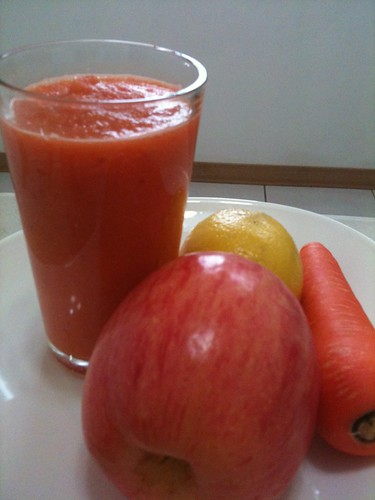 Apple and Carrot Shake