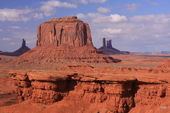 Monument Valley 2 (doveoggi) Tags: landscape utah monumentvalley the4elements