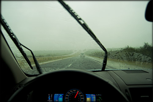 rain-texas-windshield-wipers
