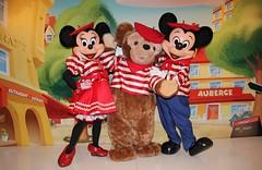 Parisian Mickey, Minnie and Duffy (Disney-Me) Tags: paris france spring europe disney parisian dlp 2011