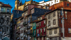 Patchwork (Fred&rique) Tags: lumixfz1000 photoshop cameraraw architecture maisons hdr porto portugal ribeira couleurs mélange