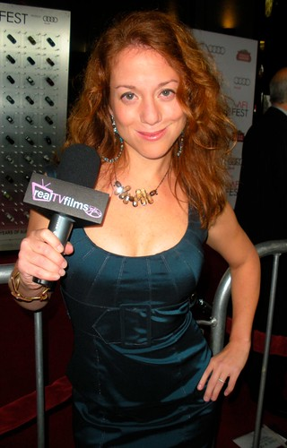 Kelly Calabrese - Everybody's Fine Premiere