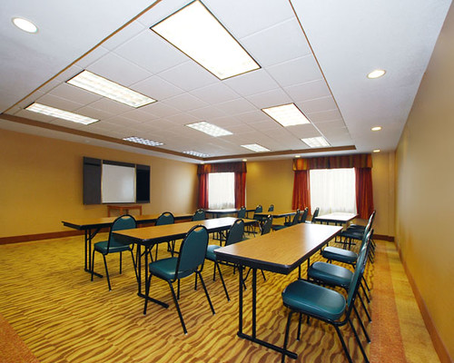 Denver Area Hotel Meeting Facility