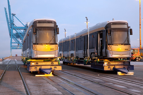 streetcar heads home