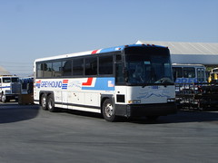 GLI 1006 002 (crown426) Tags: motorcoach mci 102d3